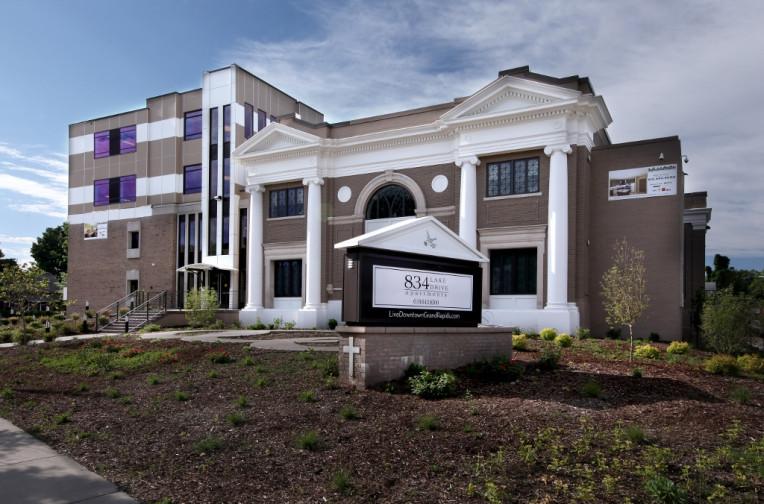 East Hills Grand Rapids Apartments